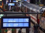 Starkregen, Sturm, Schäden: Sturm hinterlässt Schäden: Bahnverkehr erholt sich langsam