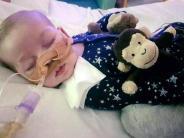 Nach Tod in Hospiz: Weltweit Trauer um britisches Baby Charlie
