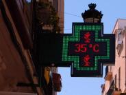 Hohe Temperaturen: Hitze lähmt Südeuropa:Erschöpfte Touristen und Waldbrände