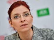 : Baum verletzt Ministerin schwer