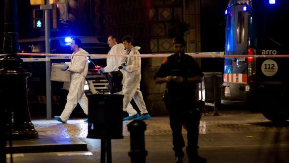 Spanien: Nach Anschlag in Barcelona vermisster australischer Junge ist tot