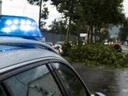 Bahn, Bundesliga und Festivals: Unwetter legen mehrere Regionen lahm