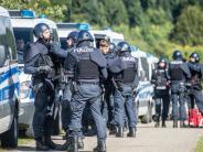 Verdächtiger auf der Flucht: Drei Menschen im Schwarzwald erschossen