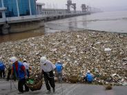 Plastik im Meer: Jangtse und Indus vermüllen die Ozeane der Welt
