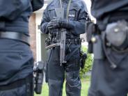 Großrazzia in 16 Städten: NRW: 700 Polizisten stürmen Hells-Angels-Wohnungen