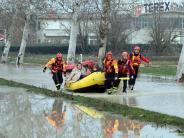 Evakuierungen: Italien kämpft gegen Hochwasser: Warnstufe Rot
