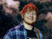 Berlinale: Ed Sheeran schaut Sheeran-Doku mit Fans auf Berlinale