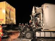 Fahrer übersehen Stauenden: Wieder tödliche Lkw-Unfälle auf der A3