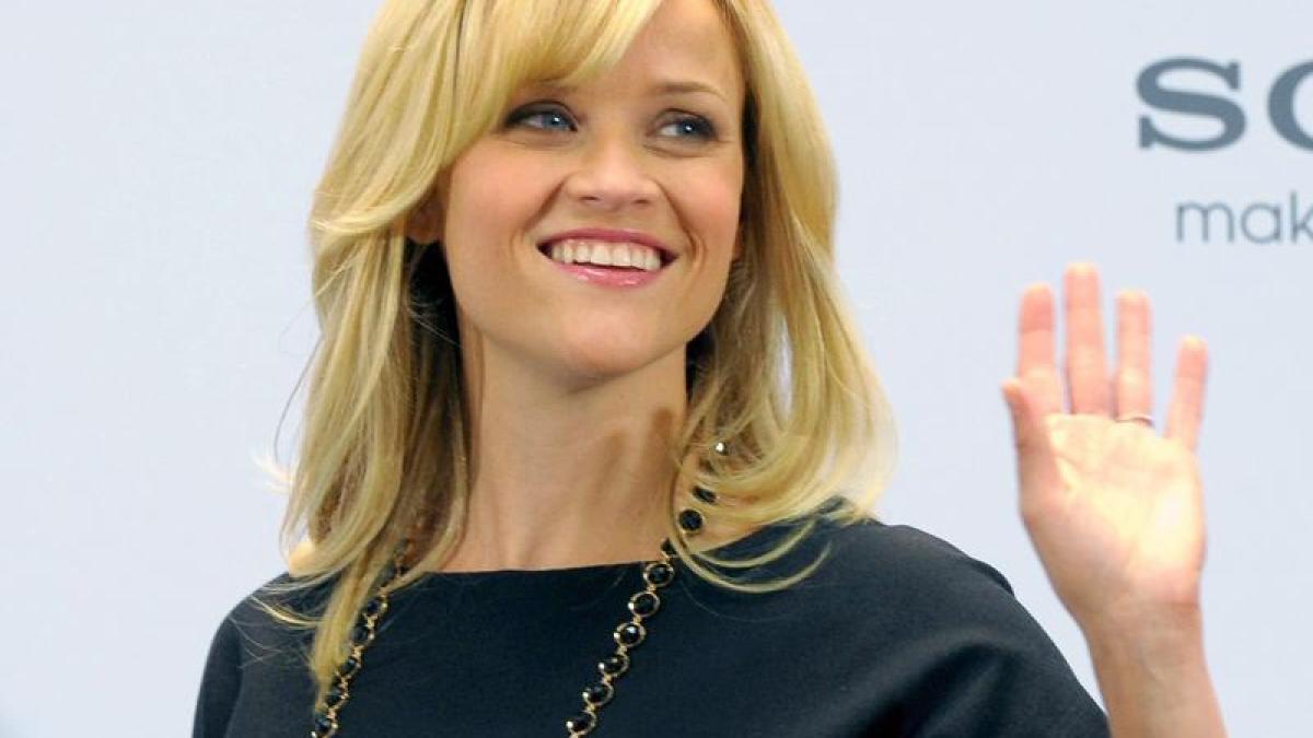Leute: Reese Witherspoon kauft Hochzeitskleid in Paris - Promis ...