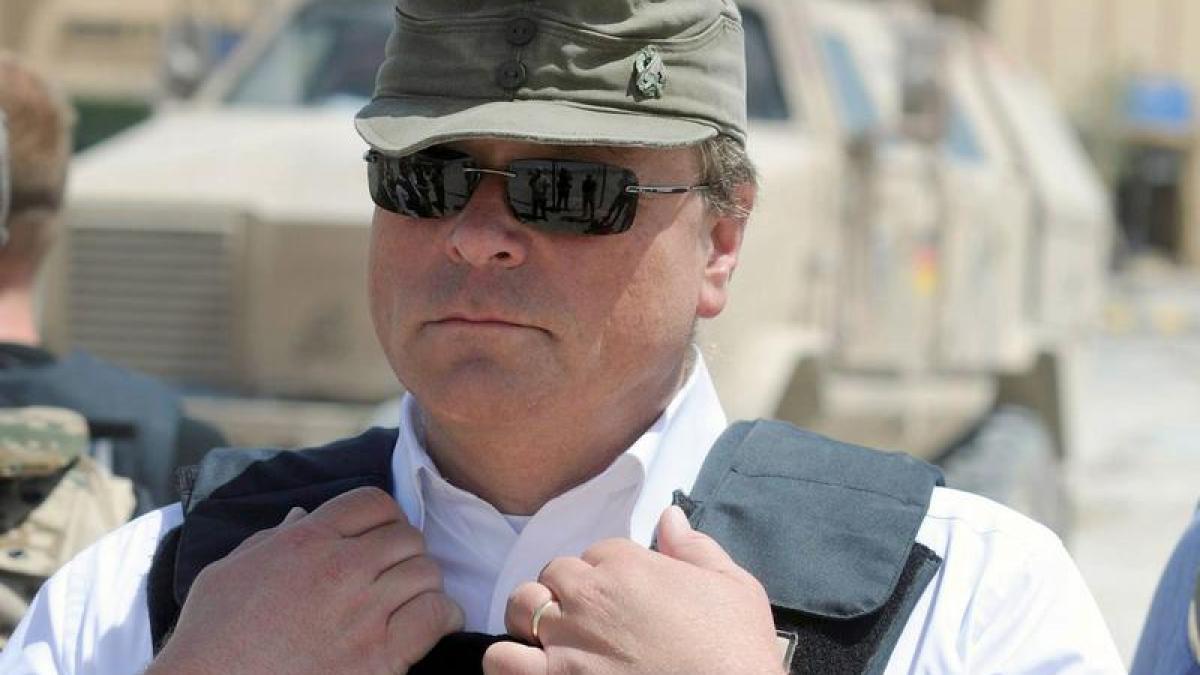 BND Geheimdienst widerspricht Minister Niebel in Teppich