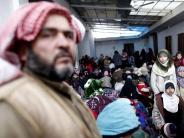 Konflikte: Assad-Offensive treibt Zehntausende Syrer in die Flucht