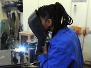Migration: Bundesagentur: Arbeitsmarkt kann 350 000 Flüchtlinge aufnehmen