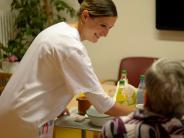 Kommentar: In Würde altern – geht das auch im Pflegeheim?