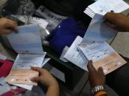 Regierung: Thailänder nehmen Verfassung an