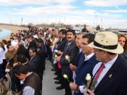 «Geeinter denn je»: Mexikaner bilden Menschenkette gegen Trump