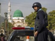 Regierung schlägt zurück: Viele Tote bei Razzien nach Anschlag in Pakistan