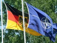 Reaktionen aus Deutschland: Nato-Treueschwur von Trump-Vize stößt auch auf Skepsis