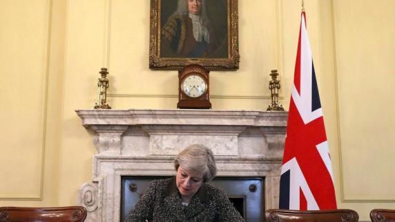 Brexit: May gibt Startschuss für Austrittsverhandlungen