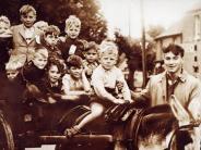 Zeitgeschichte: Ein neues Leben für die Kinder der Feinde
