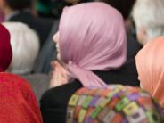 """Interview: """"Das Kopftuch ist ein Symbol, wie wenn Rechtsradikale Springerstiefel tragen"""""""
