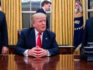 USA: Donald Trump legt Mauerbau auf Eis