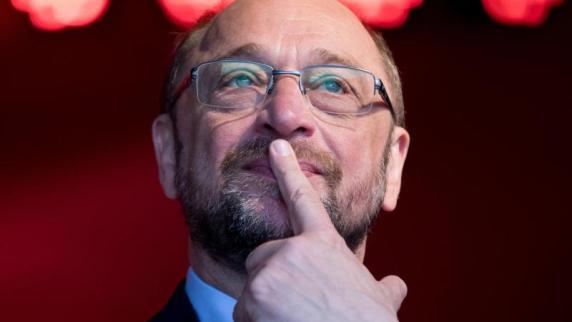 Landtagswahl in NRW hat begonnen - enges Ergebnis erwartet