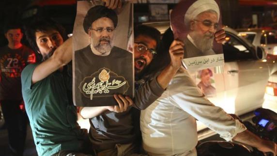 Innenminister: Ruhani gewinnt Wahl im Iran mit 57 Prozent