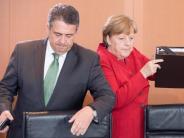 Gabriel hofft auf Nato-Gipfel: Merkel und Gabriel streiten offen über Incirlik-Strategie