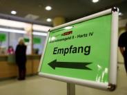 Für Kühlschrank oder Kleidung: Tausende Arbeitslose brauchen Kredite vom Jobcenter