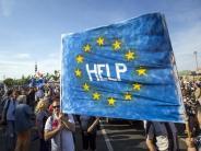 Umstrittenes Hochschulgesetz: Tausende Ungarn demonstrieren gegen Orban