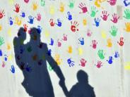 Kinderarmut inDeutschland: Zahl der von Hartz IV abhängigen Kinder steigt