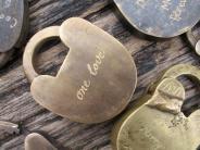 Rechtliche Absicherung: Grüne für Alternative zur Ehe: «Pakt für das Zusammenleben»