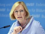 Bundesverfassungsgericht: Ministerin Wanka verteidigt Kritik an AfD in Karlsruhe