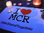 Bilder: 23 Tote nach Explosion bei Konzert in Manchester