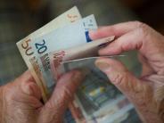 Neue Gesetze: Rotlicht, Rente, Überwachung: Das ändert sich ab 1. Juli 2017