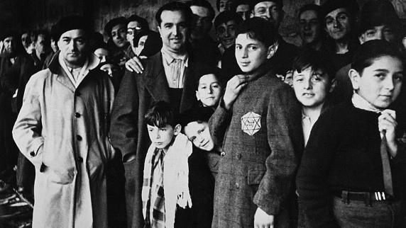 Emmanuel Macron und Benjamin Netanjahu erinnern gemeinsam an Holocaust in Frankreich