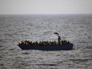 Nach Schulz-Warnung: Wahlkampf-Streit über Flüchtlinge