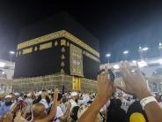 Entspannung zur Hadsch: Saudi-Arabien öffnet Grenze für Pilger aus Katar