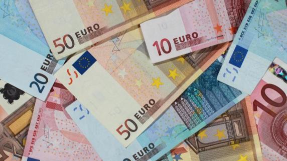 München: Geldtransporter-Fahrer flüchtet mit Auto davon