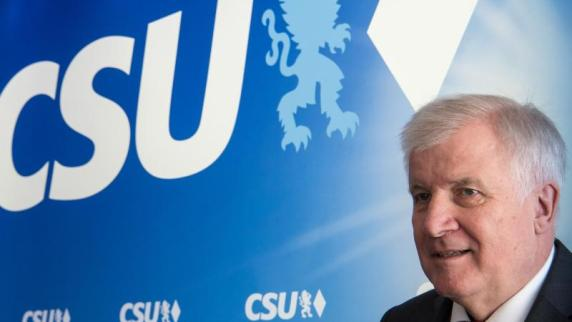 CSU: Druck auf Seehofer wächst: Auch Münchner CSU fordert Neuanfang