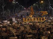 200.000 gehen auf die Straße: Katalonien-Krise: Proteste gegen Aktivisten-Inhaftierung