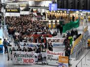 Frankfurter Flughafen: Erneut Abschiebeflug nach Afghanistan gestartet