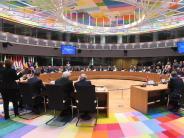 Verteidigungspolitik: EU-Staaten beschließen ständige militärische Zusammenarbeit