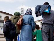 Bis neue Regelung greift: Union will Stopp für Familiennachzug bis Ende Juli
