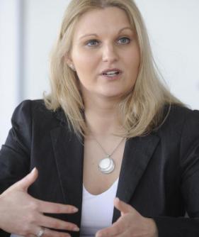 Die 35-jährige <b>Nadja Hirsch</b> ist die letzte Abgeordnete, die die bayerische <b>...</b> - Copy-20of-20-UWA4017-2-