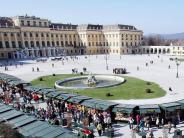 Hamburg, Wien,Schwerin: Neue Reisetipps: Urlaubsmesse, Ostermärkte und Folkmusik