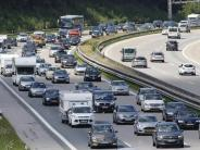 Stauprognose: Ferienbeginn: Autobahnen füllen sich Richtung Süden