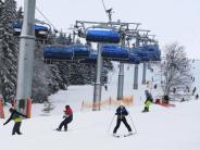 Schneehöhen: Skisaison voll angelaufen - Gute Verhältnisse auf den Pisten