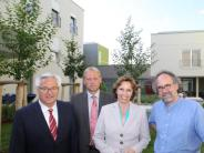 Besuch: Ministerin lobt Königsbrunner GenerationenPark