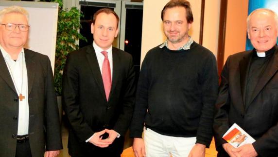 Diskussion: Einzelschicksale prägen die Aussprache - Augsburger Allgemeine